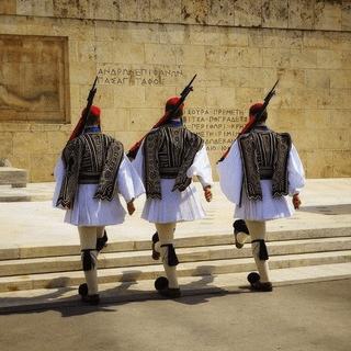 گروه دورهمی یونان